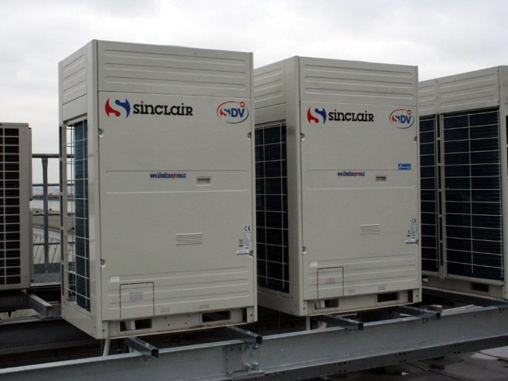 Commercial air conditioner system for company SIEMENS