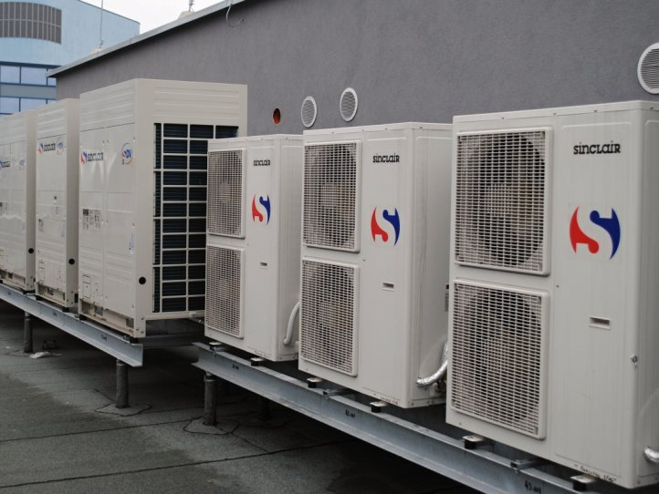 Commercial air conditioner system for Labour office